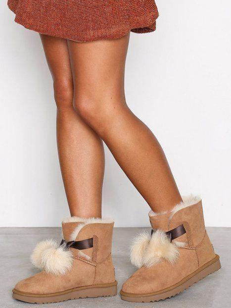 9b5c61e0f5a UGG AUSTRALIA Boots Uggs Gita Pom Pom Bow Leather Shearling Booties ...