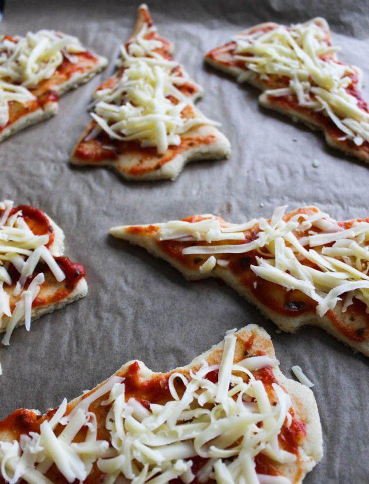 Foto: Diana Dontsova Det är för tidigt att pynta granen så varför inte göra små pizzagranar till glöggfesten istället? Perfekta om du vill ha ett matigare tilltugg som dessutom kommer i...