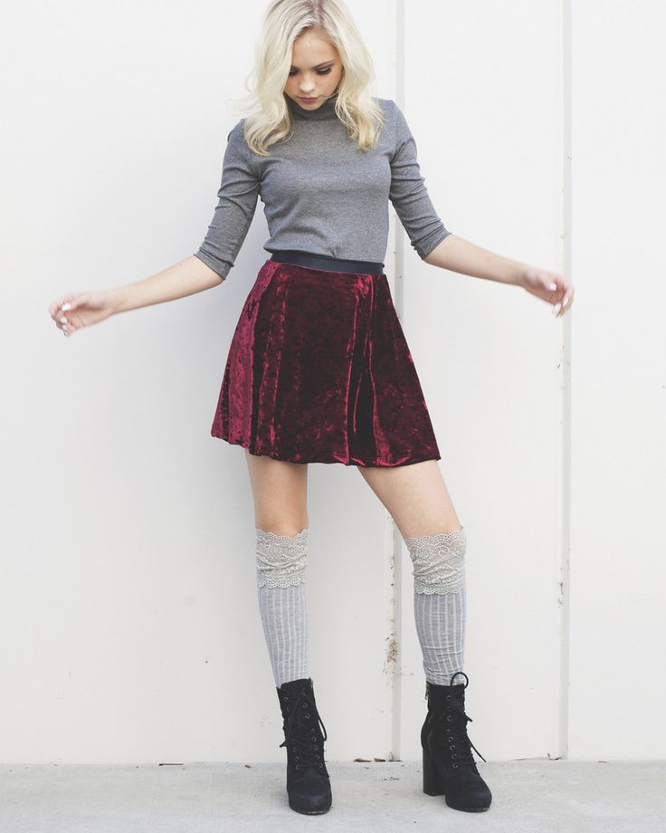 Jordyn's Burgandy velvet Skirt by zaraterez