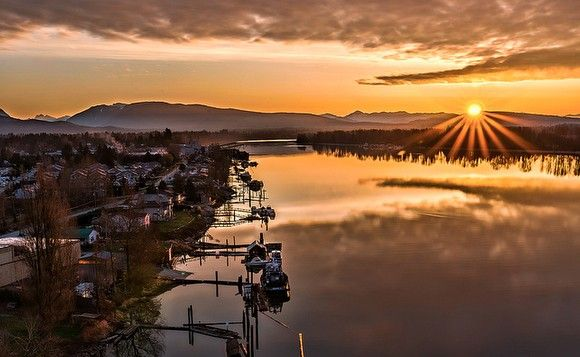 Photo Of The Day: Pitt Meadows Riverfront | Gadling.com