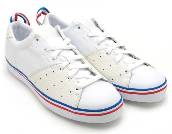 online store e7f3b 6ffec adidas court savvy low
