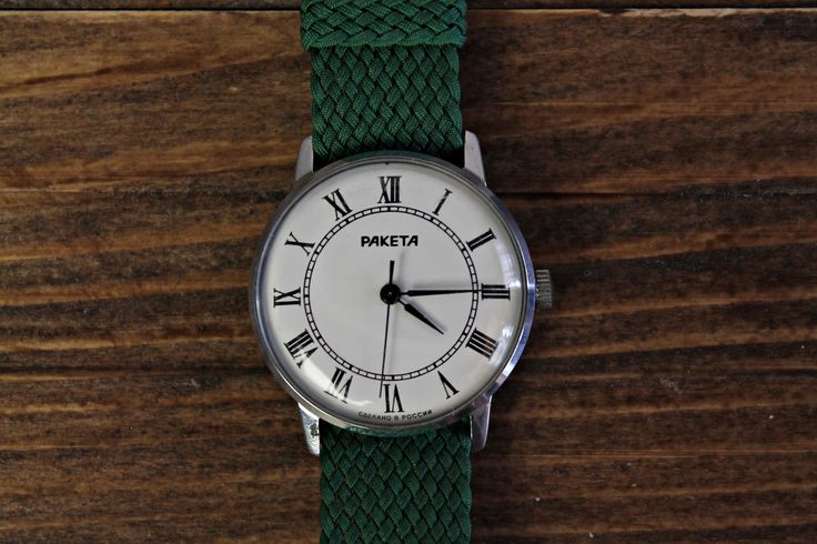 RAKETA For sale is Vintage Soviet Russian Men's Wristwatch Raketa. Year: 80s  Watches for men, white watch Raketa, USSR watches, vintage watches, watches soviet, gents watches, wind up watches, Rocket watch