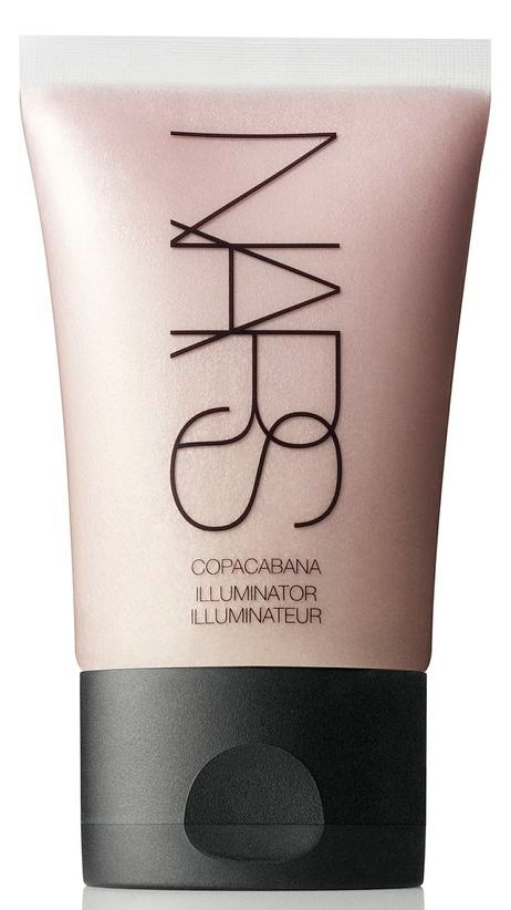 Make-up artist Florrie White gives us a how to on contouring for fair skin tones