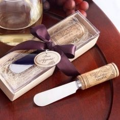 Unique wedding favors | This is amazing! Head over to Jari Manis Bali where you can see more of their unique works http://www.bridestory.com/jari-manis-bali/projects/jari-manis-bali
