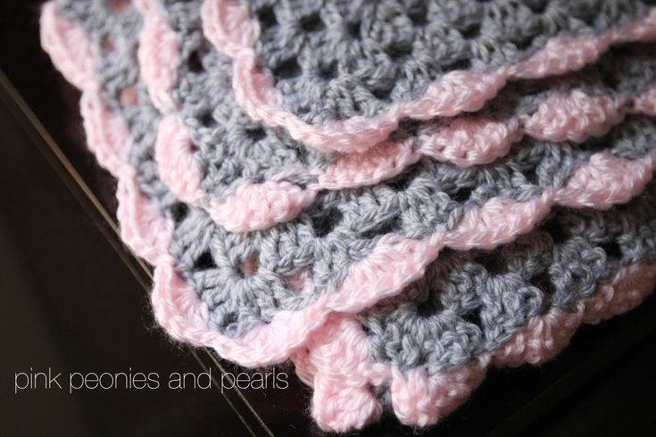 pink+and+gray+crochet+throw+you+tube+tutorial | Aunt Nana's Crochet: Scallop Edging on Pink and Gray Blanket