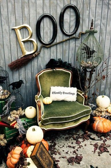 Would be nice for a Halloween Costume mini session... Mod Vintage Life: Mod Mix Monday #122