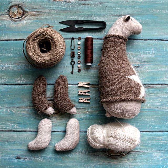 WEBSTA @ jane_antipina - Последние штрихи.. пришить пуговички и буковку, затем…