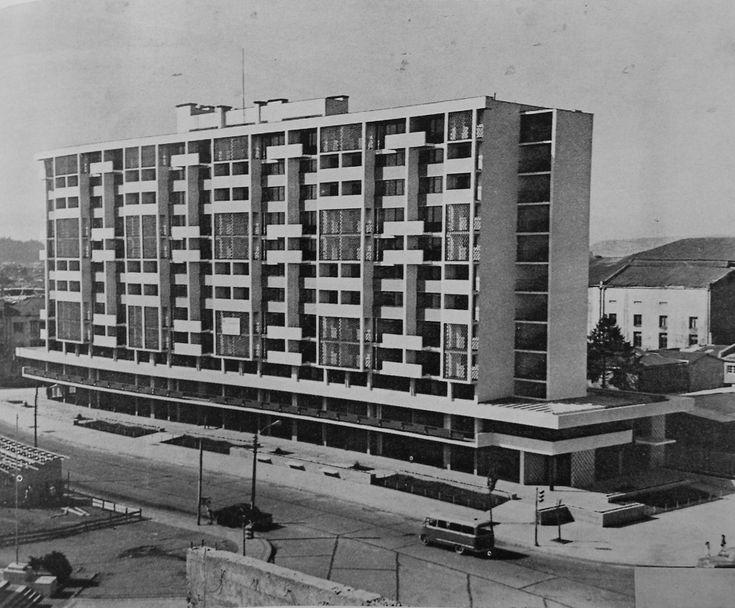 Enterreno - Fotos históricas de chile - fotos antiguas de Chile - Edificio Tucapel, Concepción en 1965