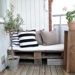 Att bygga en soffa av lastpallar till balkongen