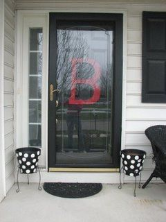 A Little Tipsy: Front Door Monogram and Polka Dot Flower Pot