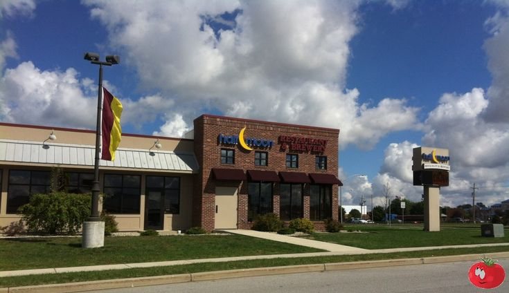 Half Moon Restaurant & Brewery, Kokomo, Indiana
