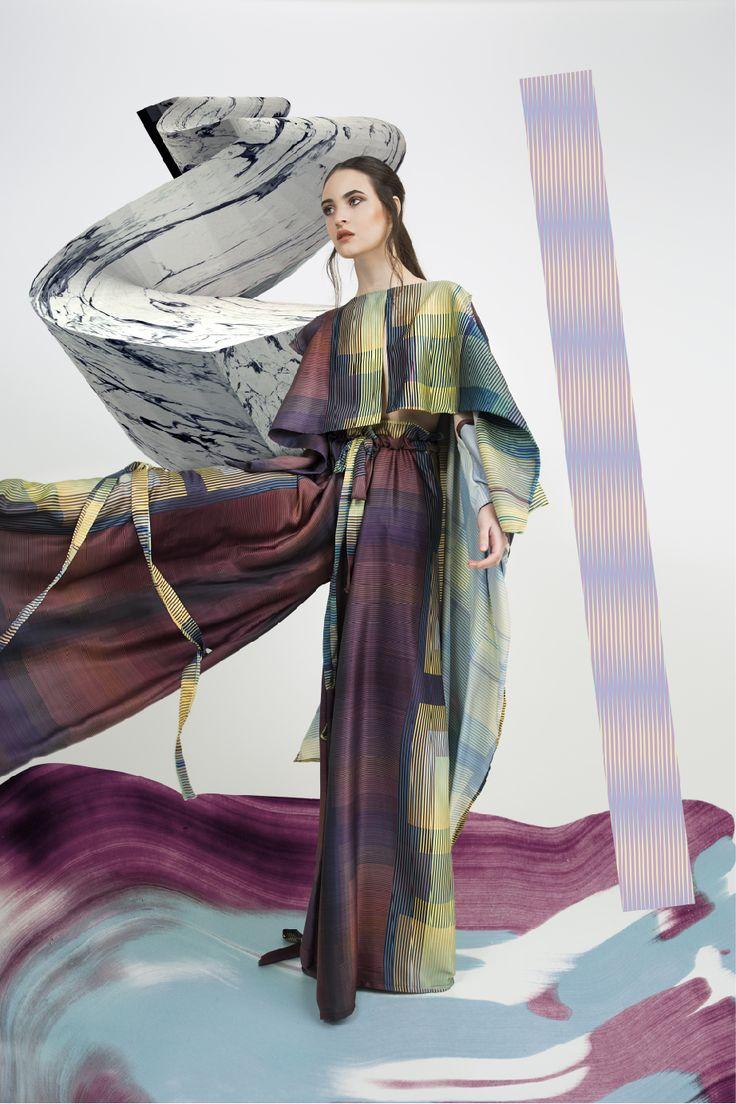 PH- Bruno Nogueira  Pelo- Nacho Sarube  Maquillaje- Natalia Sastre  Ella- Sofía Romay Arte- Atolón de Mororoa Colección- Yare por Ángelo Castro
