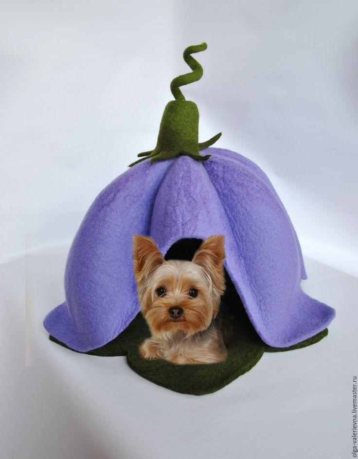 Купить Колокольчик. Валяный шерстяной домик для домашнего любимца. - фиолетовый, колокольчик, лиловый, домик для кошки