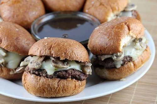 French Dip Burgers: Beef Recipes, Swiss Cheese, Burgers Yummy, Ground Beef, Dinners, Burger Recipes, French Dips Burgers 2, Burgers Recipes, Minis Burgers