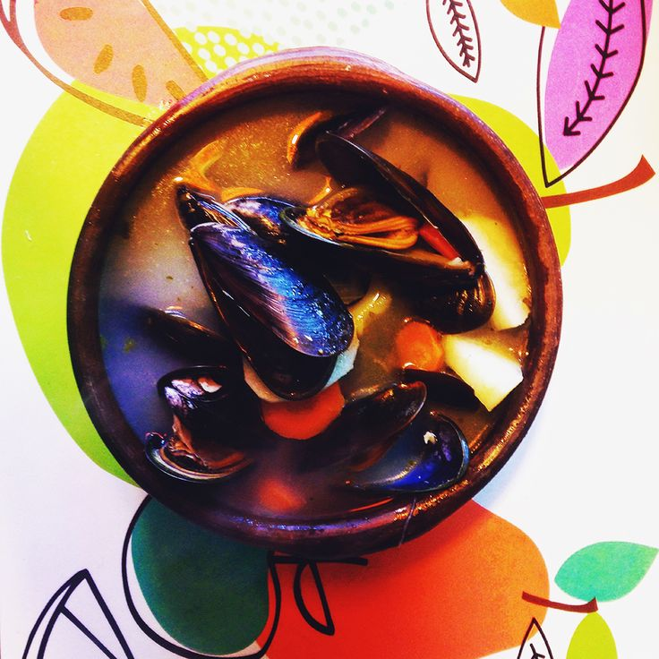 PEPE CALDILLO Choritos · Almejas & Pescado