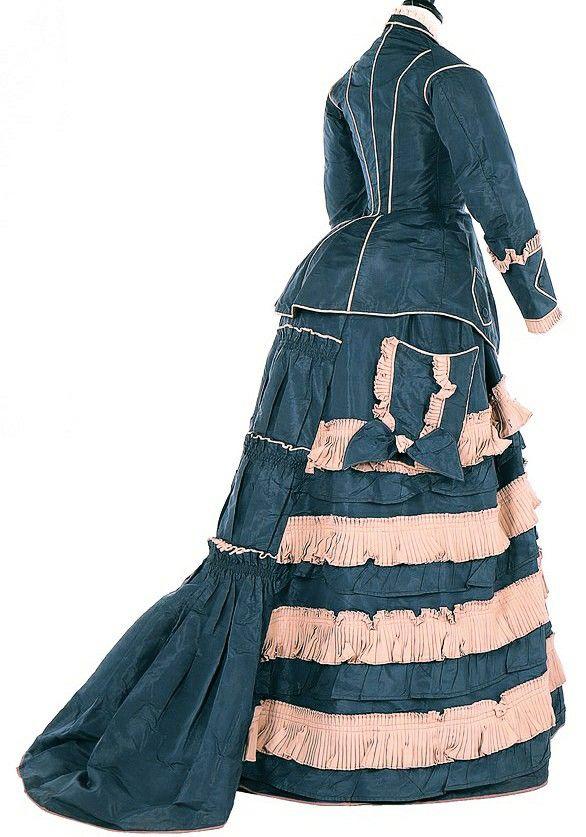 Epingle Par S Sur C Era Una Volta Abiti D Epoca 1870 1890 Robes De Jour Robe