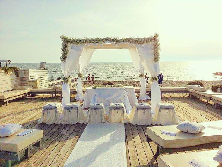 Rito Nuziale In Riva Al Mare. Romanticismo E Unicità Di Un Matrimonio In Spiaggia.