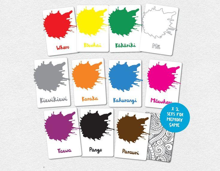 Te Reo Maori Colours Flash Cards