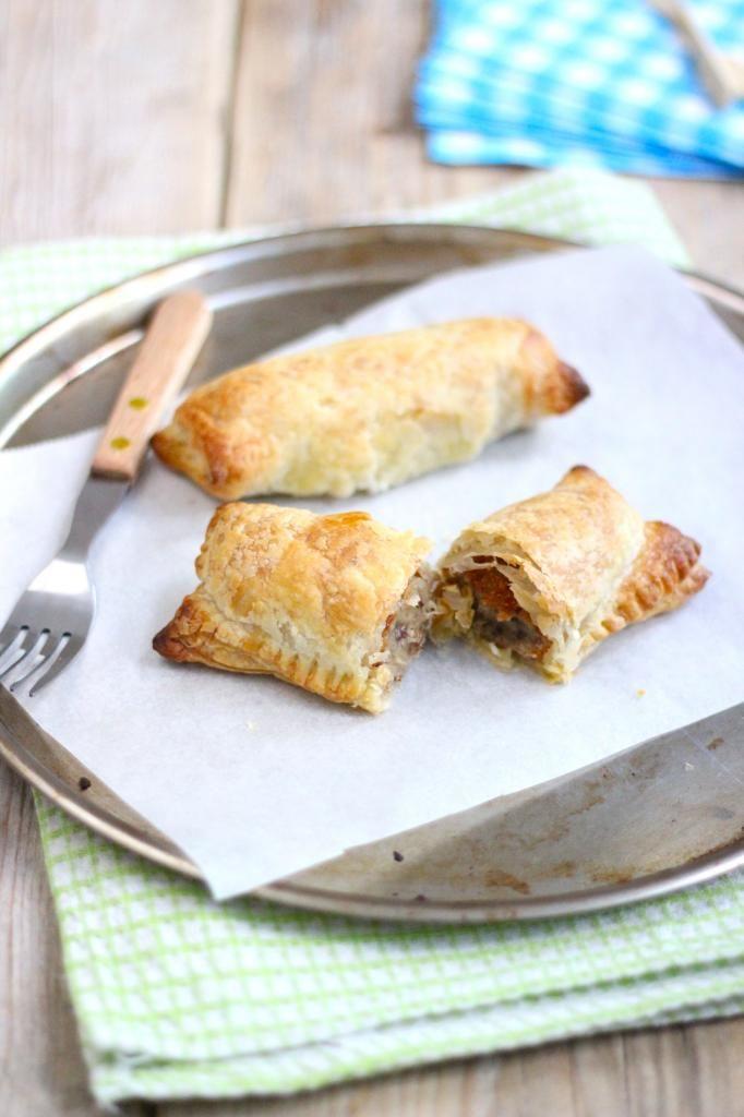 Kroketbroodjes van bladerdeeg en bevroren kroket