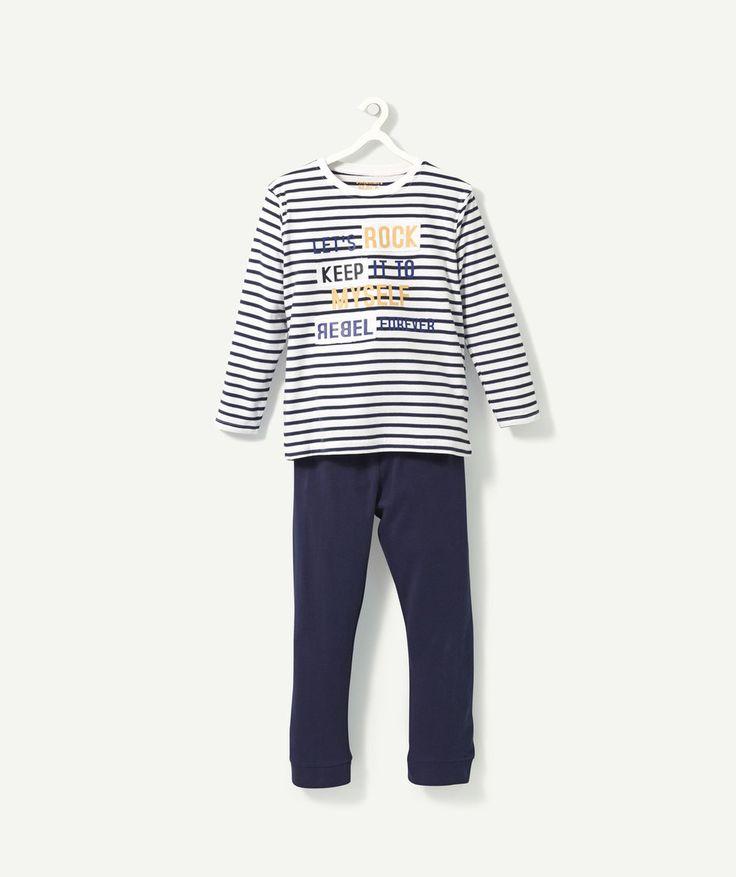 Garçon - pyjama Boy - nightwear  LE PYJAMA GRECE :                     Canon ce pyjama pour les soirées à la maison entre copain ! LE PYJAMA RAYÉ EN COTON, col rond, manches longues, patch, print, pantalon avec bas de jambes et taille élastiqués, étiquette.