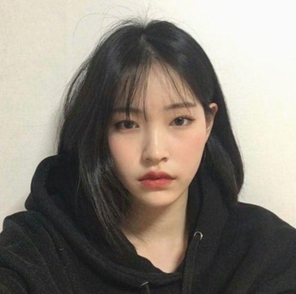 14 Hairstyles Short Bangs Korean Ulzzang Short Hair Short Hair Styles Korean Short Hair
