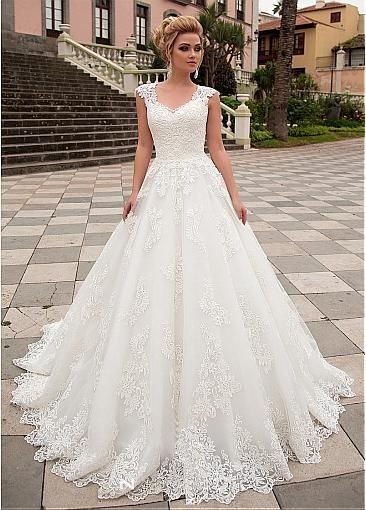 [285.20] Exquisite Tulle & Organza V-neck Neckline A-line Wedding Dress With Lace Appliques