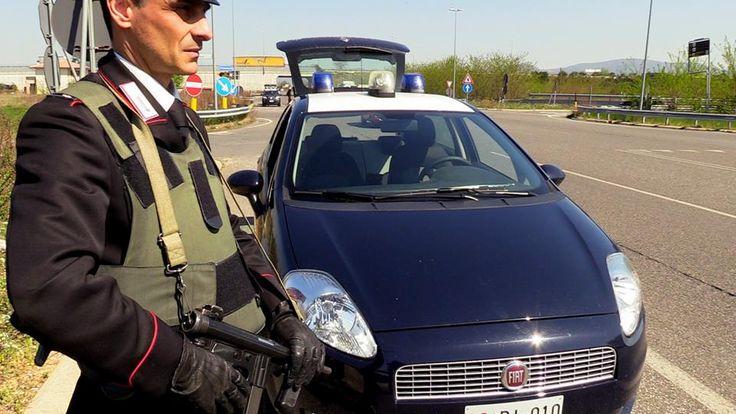 Rubano bottiglie di liquore a Bastia Umbra, un arresto e una denuncia