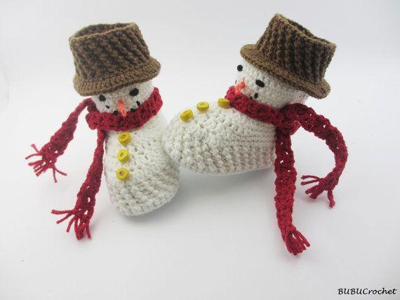 Рождественская детская обувь Детские пинетки крючком Снеговик по BUBUCrochet