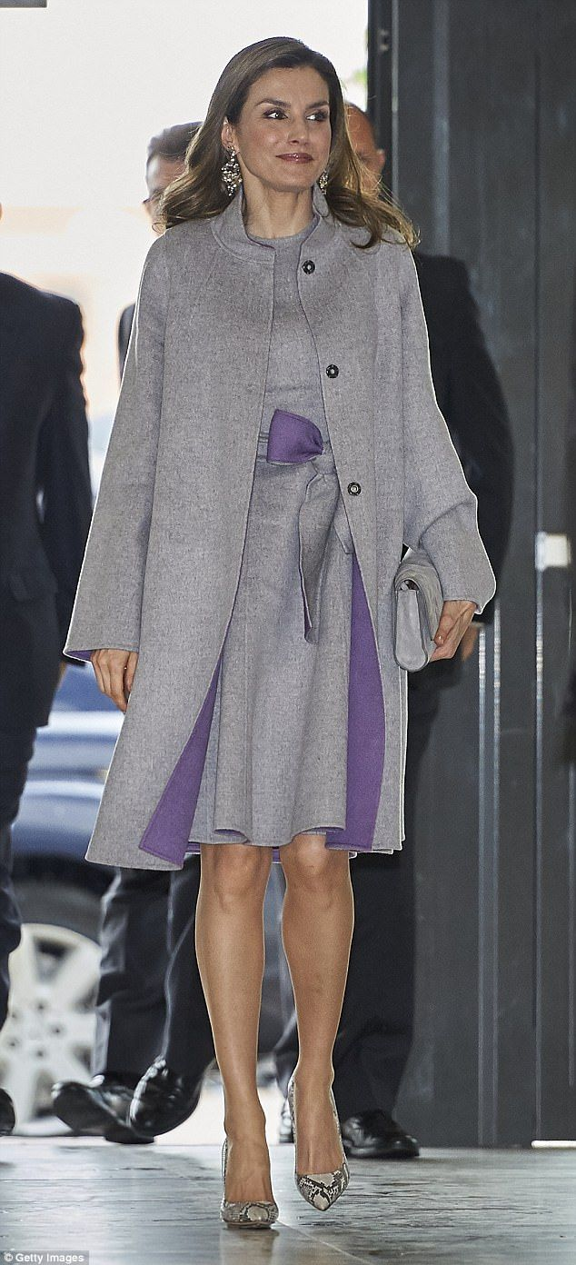27 April 2017 - Queen Letizia attends 4th conference of Rare Diseases in Valencia - coat and dress by Carolina Herrera, shoes by Magrit, clutch by Hugo Boss