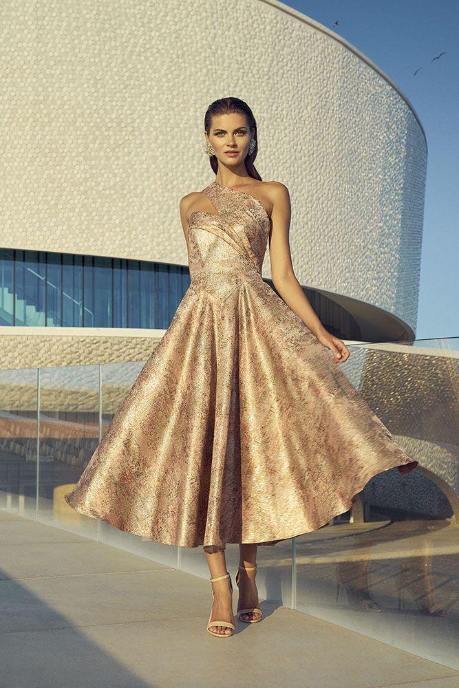 Vestiti Cerimonia Viterbo.Collezione Carla Ruiz Merinda Spose Atelier Vetralla Abiti Da