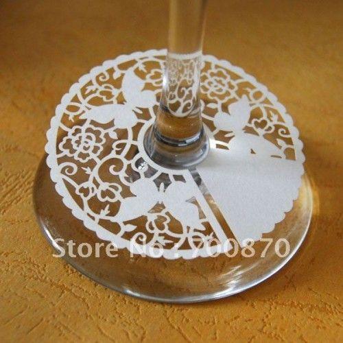 Bordkort til stett vinglass - Sommerfuglmønster Hvit farge 6 cm diameter
