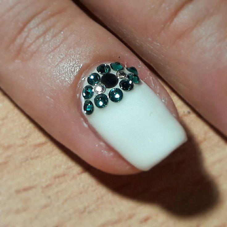 NAILS BY NATASA💅#nails #nailart#naildesign#summernails#blueeyes#whitenails#summer2017#eyenails#nailfashion