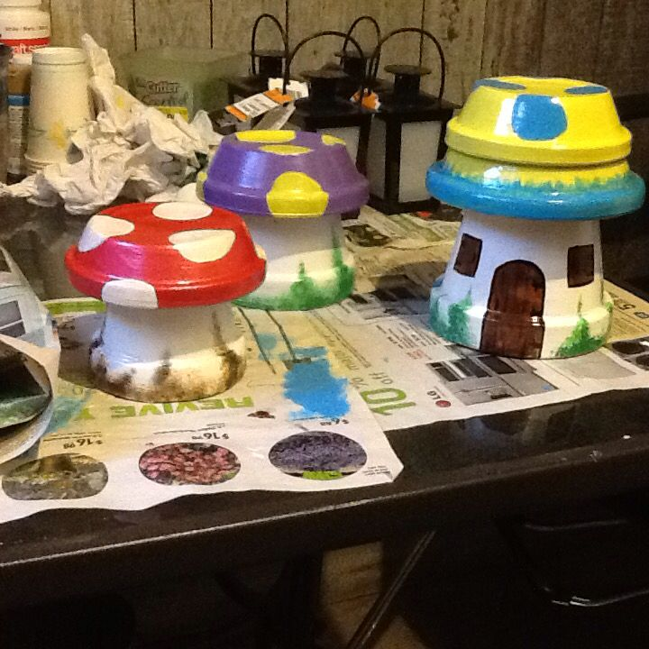 Clay Pot Mushrooms for your Garden. They're just so cute an easy! I couldn't stop with just mine, I made a couple sets for gifts! Awsome!