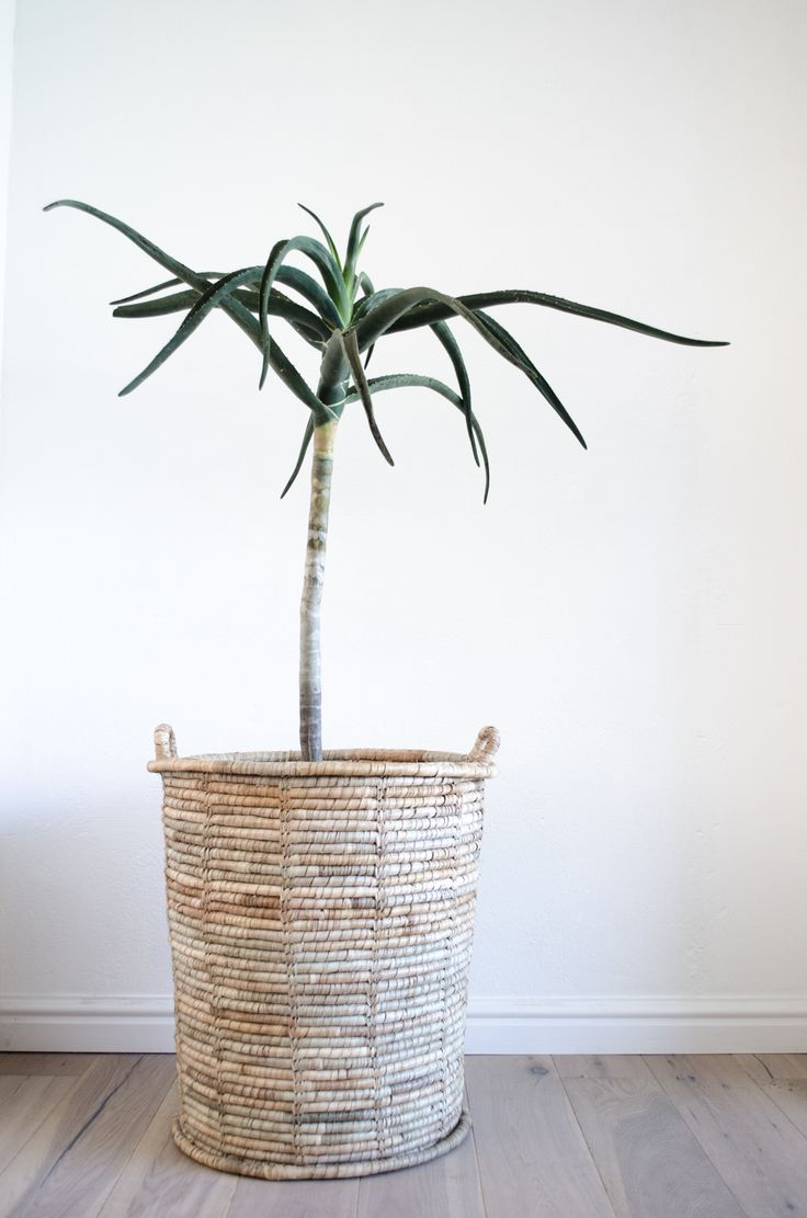 tall natural basket - monoshop