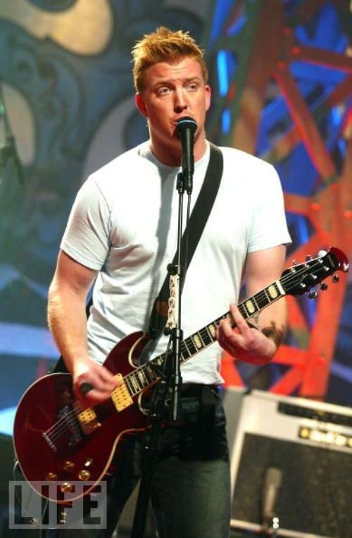 """""""I think the best thing I could ever teach my daughter is that she's not an object or a trophy, and that she can trust in herself and believe in herself and that you are not your things, and you are not your job""""-Josh Homme, I love him even more after reading this."""