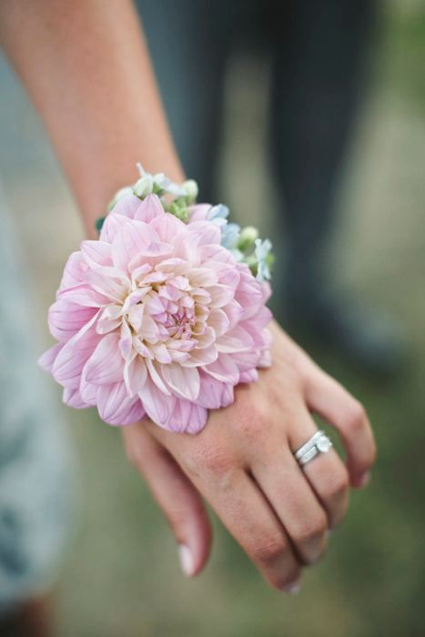 Use a large bloom for your wrist corsages, like a dahlia or a peony.  DIY your own with silk flowers from Afloral.com.  Find a variety of colors to match the wedding party.  Perfect for the Mother of the Bride or Groom.  Pinned by Aflroal.com from http://www.lisarigbyphotography.com/Circa-1799-Barn-Wedding/