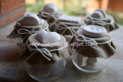 bomboniere con barattolini e gessetti profumati