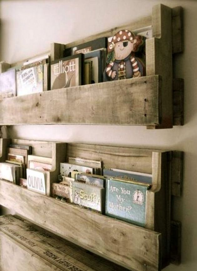 книжные полки из поддонов