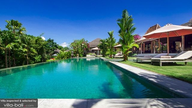 There S Plenty Of Space For Everyone At Villa Theo 5 Bedrooms Umalas From Us 650 Dm For More Info Bali Travel Balivillas Villa Bali Villa Luxury Travel