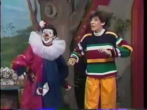 Marie Soleil! The quintessential franco-anglophone tv show for 80s kids. Who said I wasn't raised bilingual?!