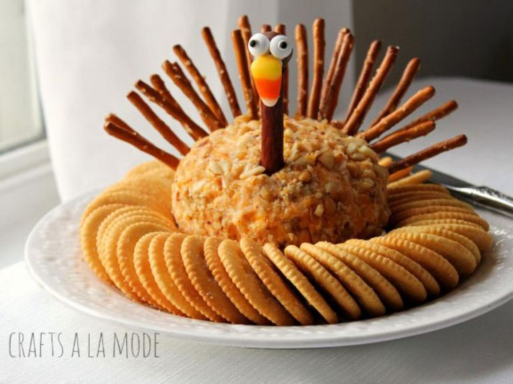 The cutest treats to keep kids busy on Thanksgiving Day from Food Network and others.