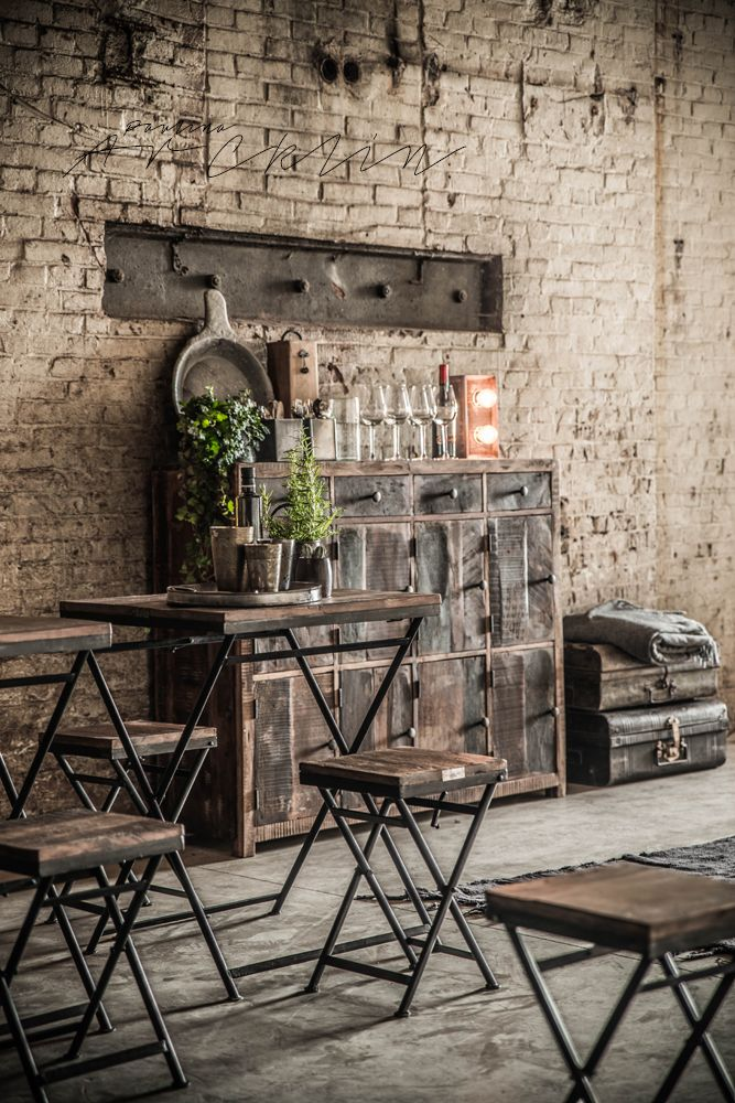 Best 25 industrial interiors ideas on pinterest - Vintage industrial interior design ...