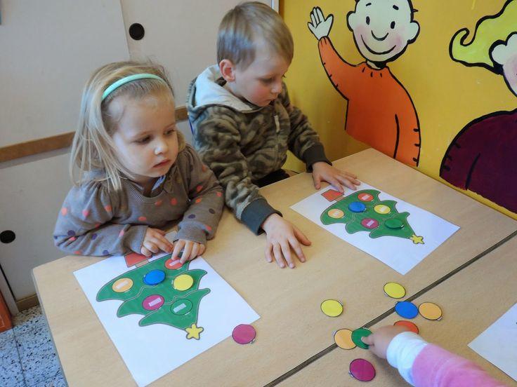 Begeleide of zelfstandige activiteit - Onze kerstboom in de klas heeft een mooie groene jas
