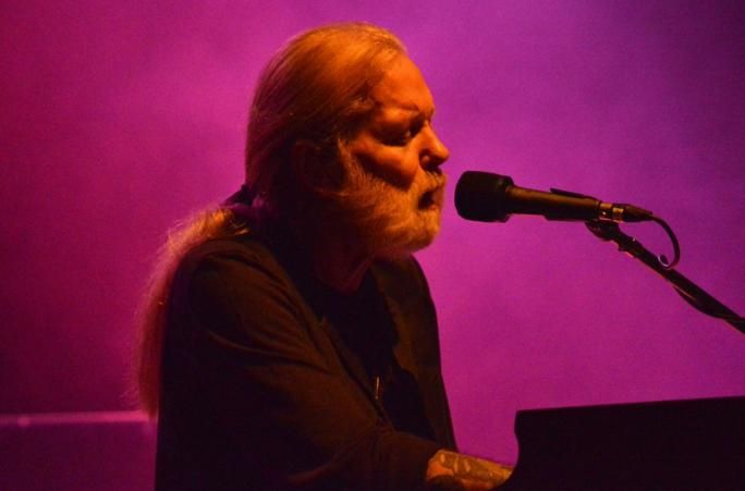 Gregg Allman performs onstage at the 2016 Laid Back Fest at Nikon at Jones Beach Theater on July 23, 2016 in Wantagh, New York. (Joel Fried/Getty Images)