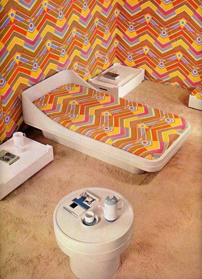 Modern Furniture and Decoration, Robert Harling ©1971