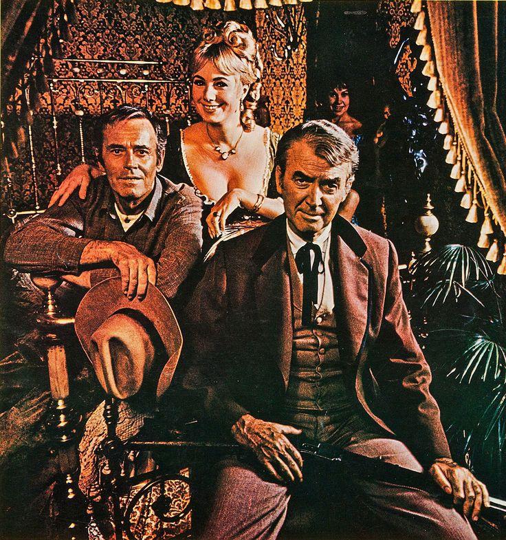 "Henry Fonda, Shirley Jones y James Stewart en ""El Club Social de Cheyenne"", 1970"