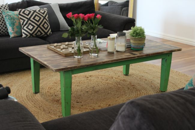 A coffee table makeover with Chalk Paint™ decorative paint   20 winners