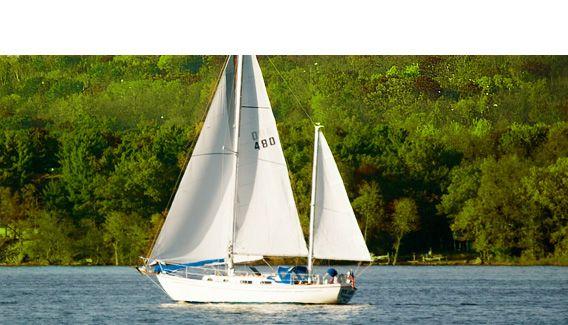 Sailboat rides & sailing lessons Lake City, MN #greatriverroad #sailing