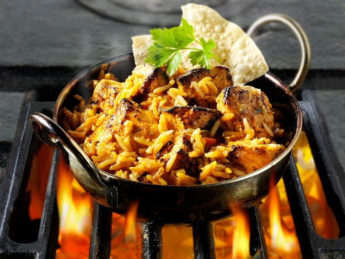 http://www.photoshelter.com/img-get/I0000RFmSTxKLi6A/s/700/525/tikka-byriani-chicken-Indian-food-photos-pictures-images-63084.jpg