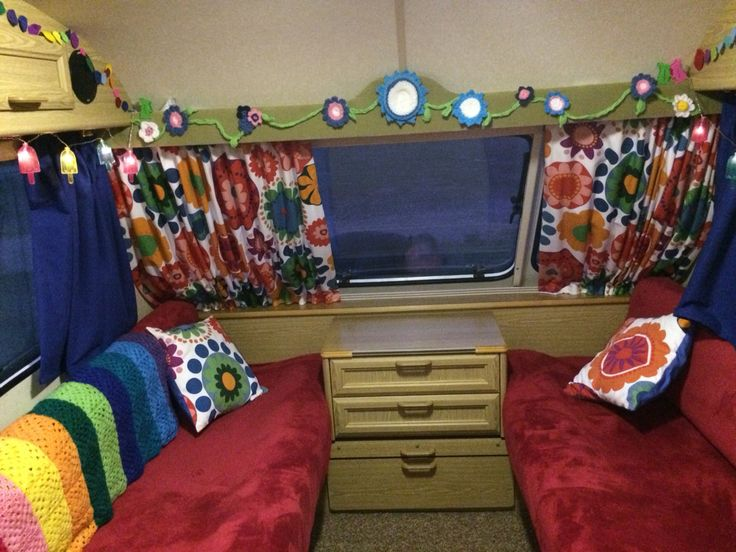 Caravan renovation, new Ikea fabric curtains and upholstery for a 1990s Elddis caravan